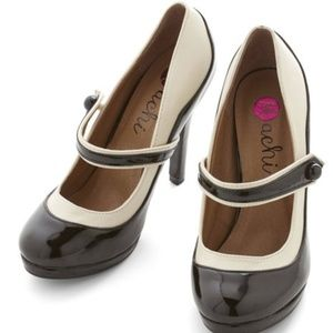 MODCLOTH 'S Marvelous Heel Black Mary Jane 6